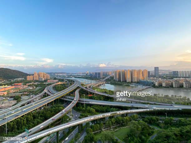 an aerial view of the urban viaduct with luxuriant plants - fuzhou stock pictures, royalty-free photos & images