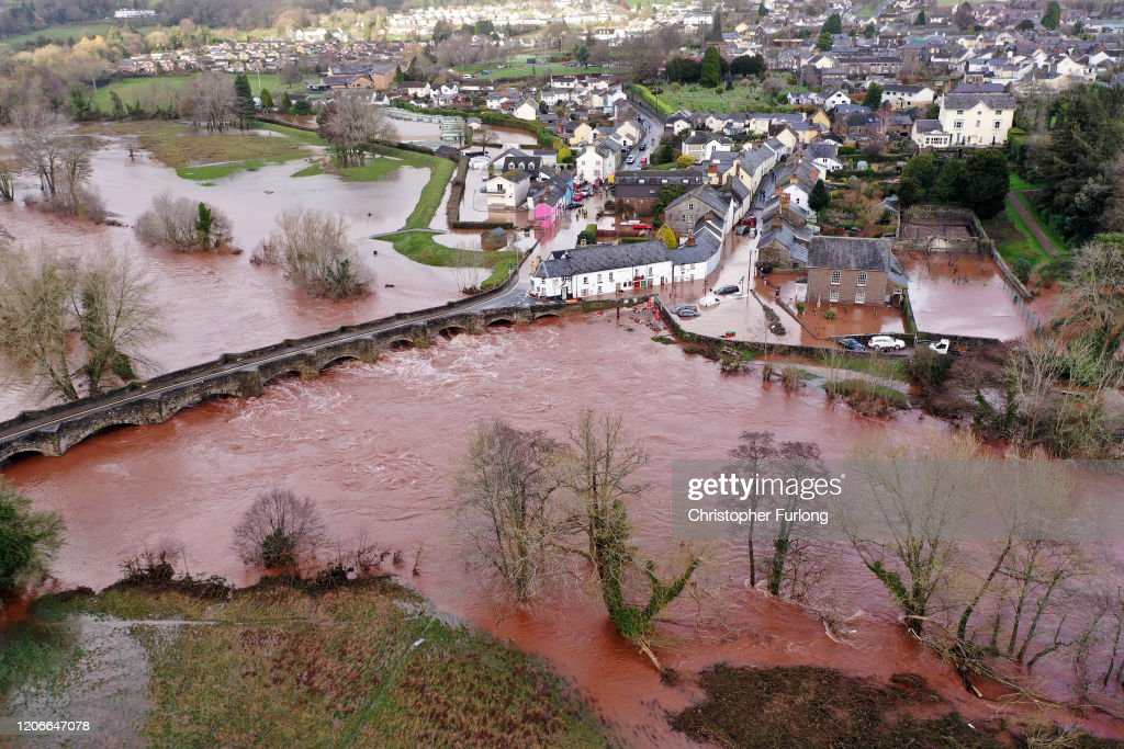 Storm Dennis Arrives In The UK : Foto di attualità