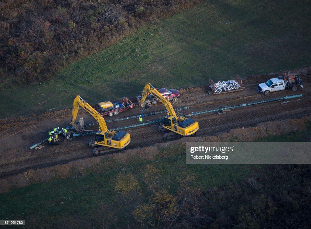 Natural Gas Pipeline In Smith Township, Pennsylvania : Fotografía de noticias