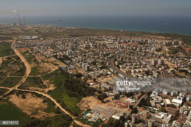 An aerial view taken March 12, 2008 shows the southern Israeli city of Ashkelon. In recent weeks, over a dozen Iranian-made Grad-type Katyusha...
