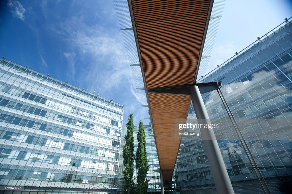 An aerial walkway is seen from below at the headquarters of Nokia Oyj in Espoo, Finland, on Monday, July 1, 2013. Nokia Oyj agreed to buy Siemens AG's share in a six-year venture for 1.7 billion euros ($2.2 billion), giving the Finnish company full access to the phone-equipment maker's cashflow for a less-than-estimated price. Photographer: Henrik Kettunen/Bloomberg via Getty Images
