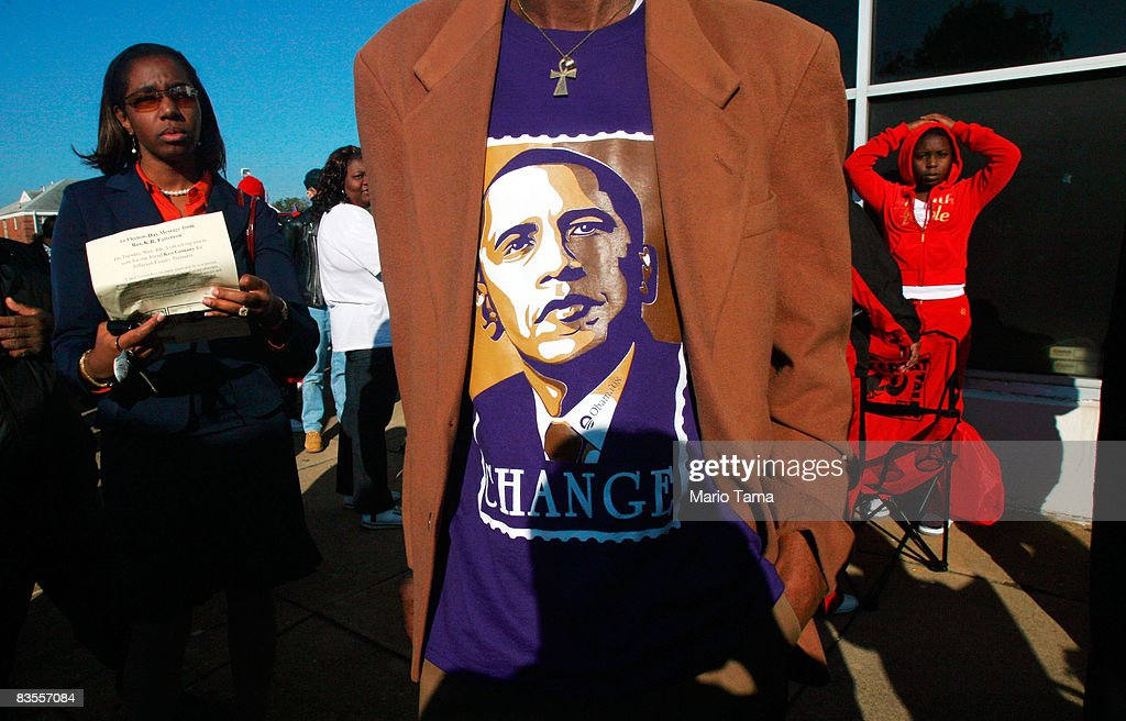 African Americans In South Celebrate Obama's Historic Win : News Photo