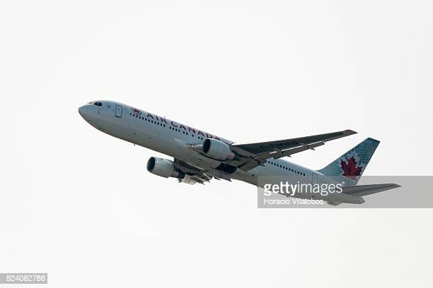 An Air Canada airplane takes off at Frankfurt International Airport Frankfurt Germany 30 March 2014 The airline flies nonstop from several Canadian...
