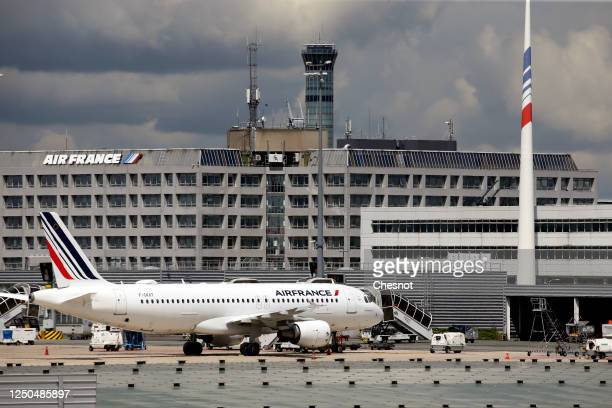 An Air France aircraft is parked on the tarmac at Paris Charles de Gaulle airport on June 18, 2020 in Roissy-en-France, France. The airline company...