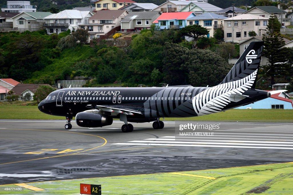 RUGBYU-WC-NZL-AUS : News Photo