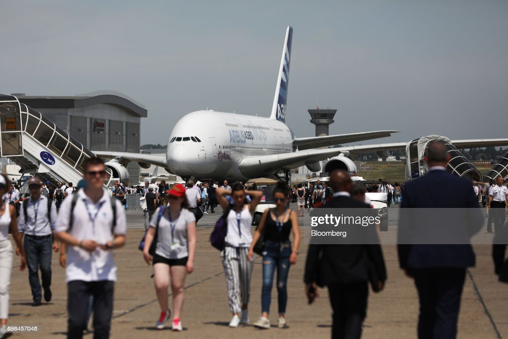 An Airbus SE A380 stands on the tarmac at the 53rd International Paris Air Show at Le Bourget, in Paris, France, on Tuesday, June 20, 2017. The show is the world's largest aviation and space industry exhibition and runs from June 19-25. Photographer: Chris Ratcliffe/Bloomberg via Getty Images