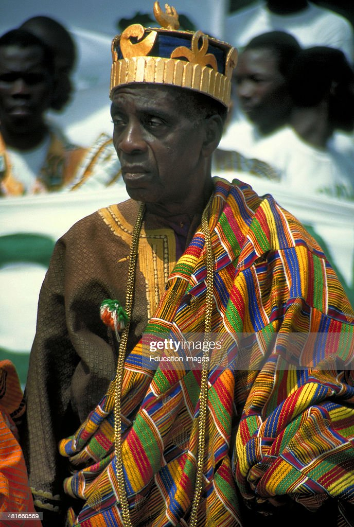 An Akan king wearing traditional kente cloth and ancestral gold at a reception in Abidjan : News Photo