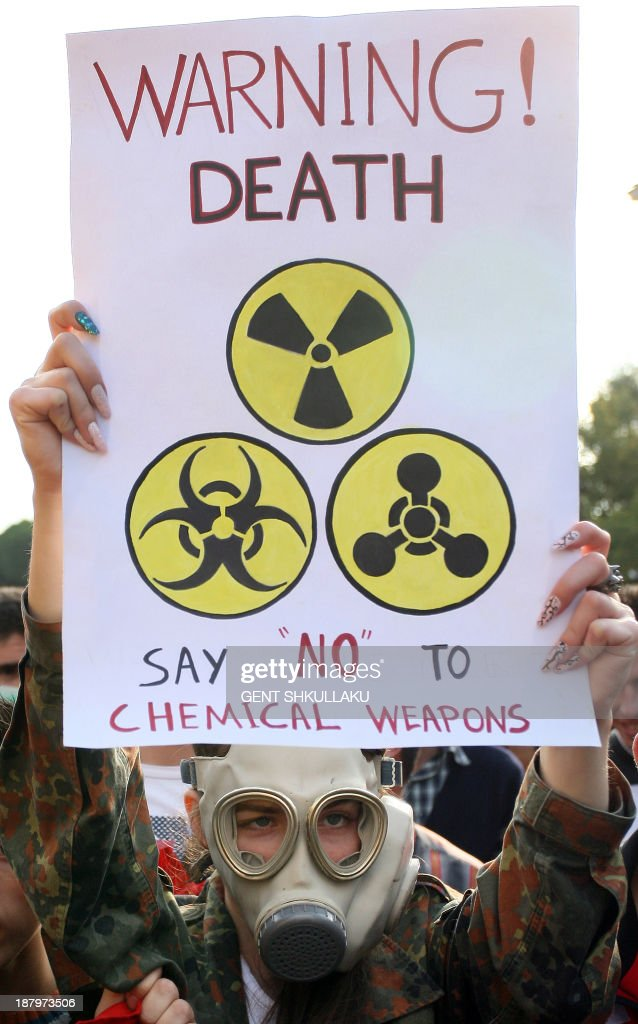 ALBANIA-SYRIA-CONFLICT-US-CHEMICAL-WEAPONS-PROTEST : News Photo