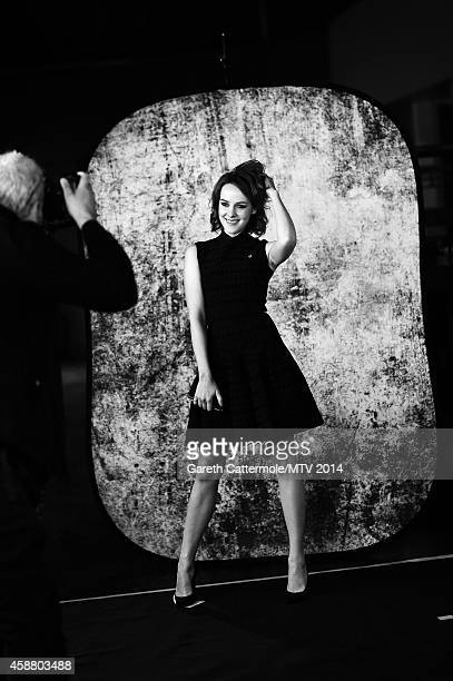 An alternative view of Jena Malone during the MTV EMA's at The Hydro on November 9 2014 in Glasgow Scotland