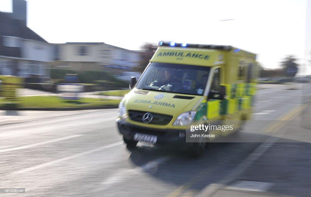 Ambulance on Emergency Call : News Photo