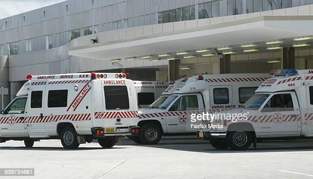 An ambulance queue at John Hunter Hospital 22 November 2005 NCH Picture by DARREN PATEMAN
