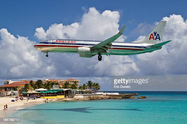 An American Airlines Boeing 737 lands at SXM