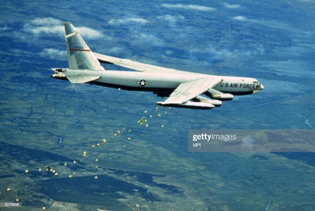American Bomber : News Photo