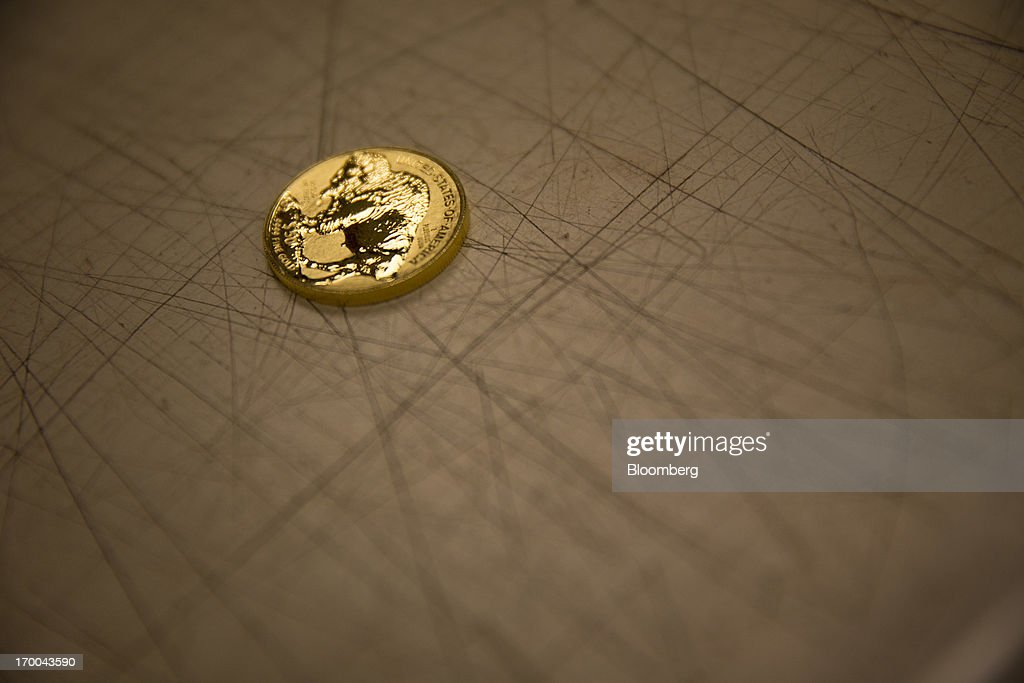 U.S. Mint Gold, Silver Coins Sales May Rise to Record This Year : News Photo