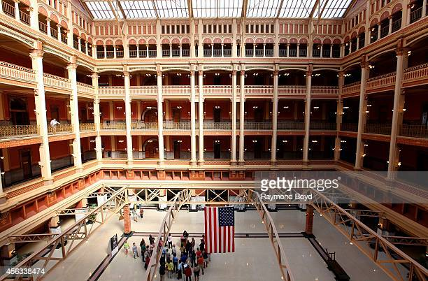 {{searchView.galleryHeadline()}}Recently Viewed Images32 Milwaukee Federal Building stock pictures and images