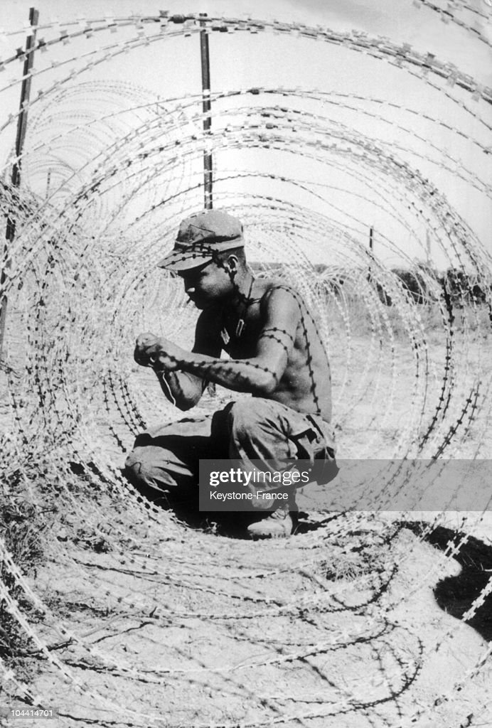 Stunning Concertina Wire Vietnam Photos - Electrical Circuit ...