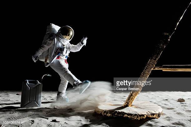 An angry astronaut out of gas on the moon