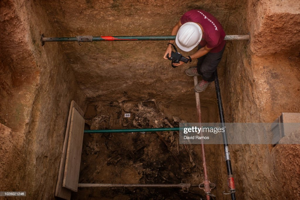 Bodies Are Exhumed From Franco-era Mass Grave : News Photo