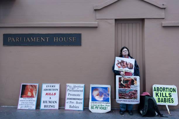 AUS: Bill To Decriminalise Abortion Debated In NSW Parliament