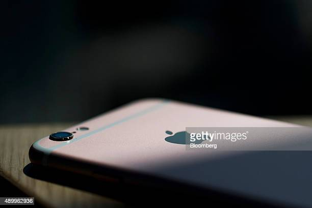 An Apple Inc iPhone 6s smartphone is arranged for a photograph in Hong Kong China on Friday Sept 25 2015 The latest models following last year's...