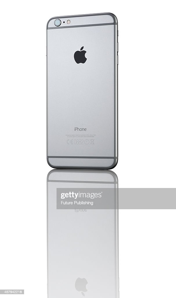 Apple iPhone 6 Plus Smartphone Product Shoot : News Photo