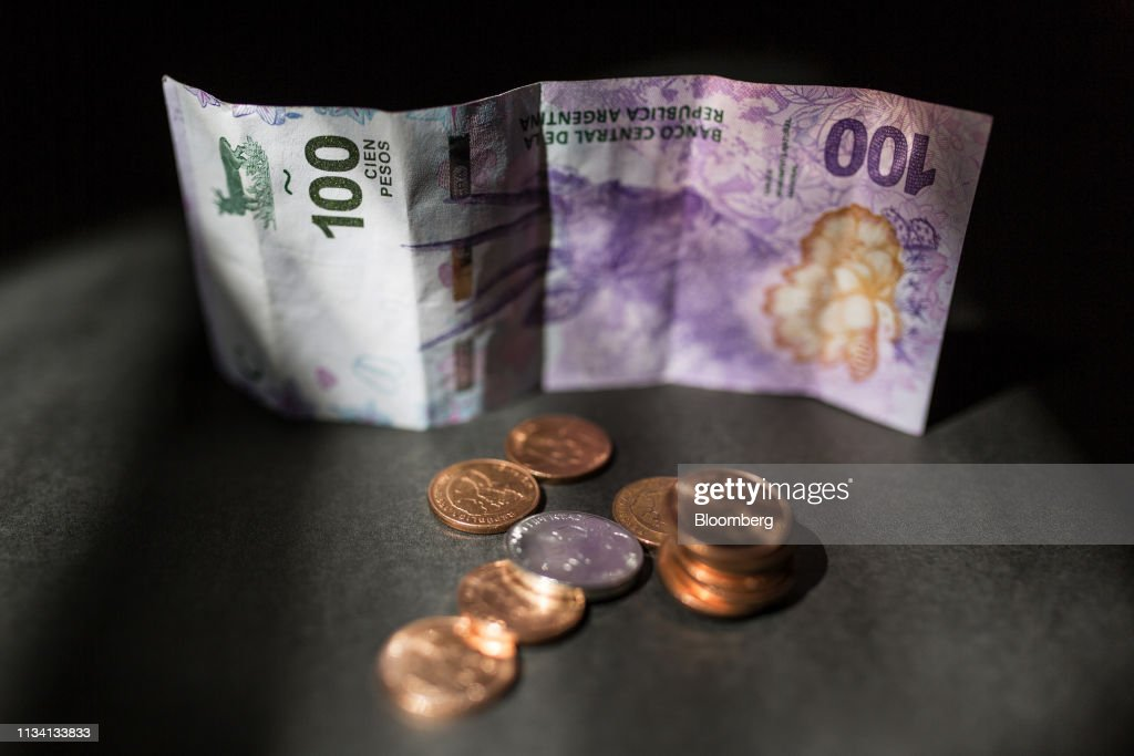 Argentine Peso Seen Avoiding Collapse After Hitting Record Low : News Photo