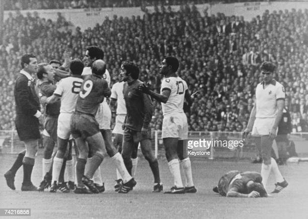 An argument breaks out during the European Cup Final at Wembley which ended in a 41 win for Manchester United against Benfica 29th May 1968 Man U...