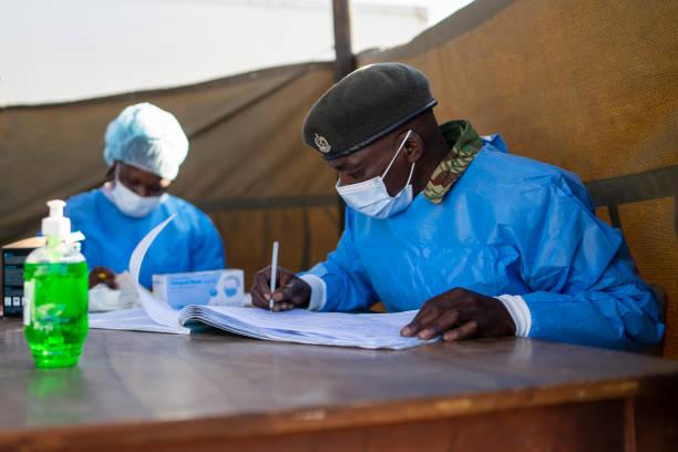 ZWE: Zimbabwe Army Joins Mass Vaccination Drive