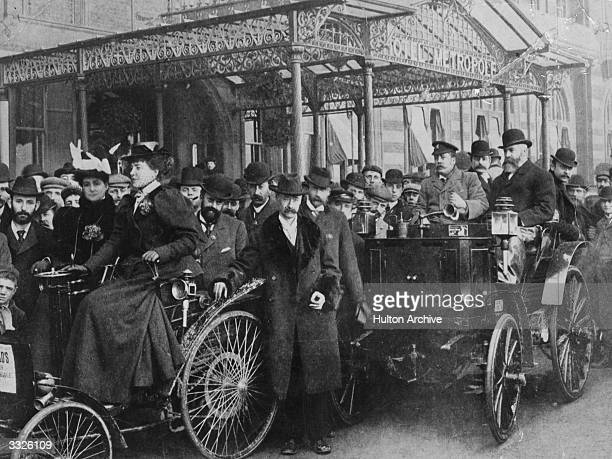 An Arnold Motor Carriage and a Packard outside the Hotel Metropole in Brighton during the first London to Brighton car run. This run was known as the...