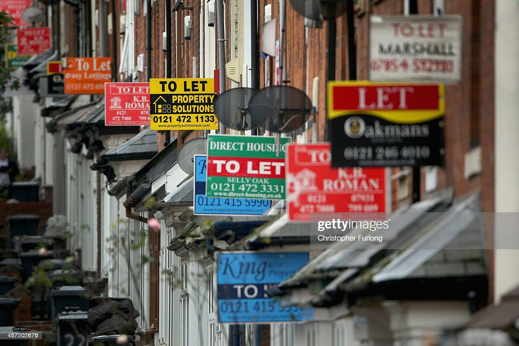 House Prices Widen The North-South Divide : News Photo