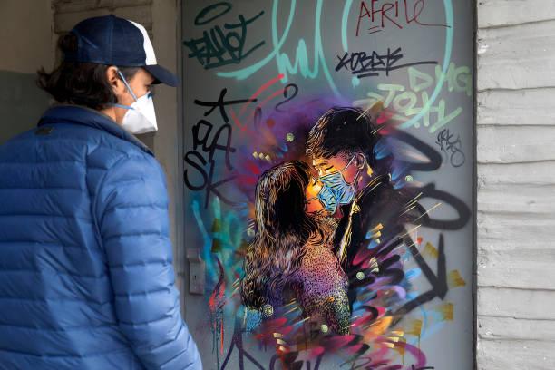UNS: Coronavirus Inspires World Street Art