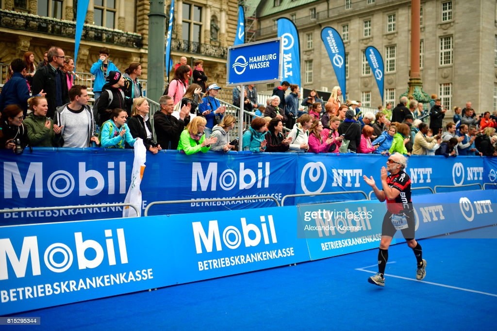 An athlete competes in the Olympic distance at Hamburg Wasser ITU World Triathlon Championships 2017 on July 16, 2017 in Hamburg, Germany.
