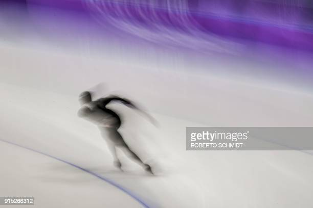 An athlete from NewZealand takes part in a training session of speed skating at the Gangneung Oval before the Pyeongchang 2018 Winter Olympic Games...