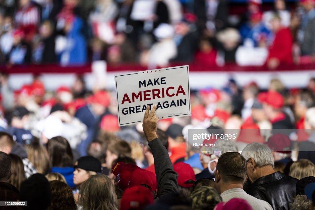 President Donald Trump Hosts A 'Great American Comeback' Rally : News Photo