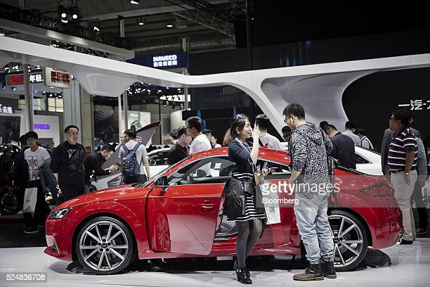 Audi Tts Pictures And Photos Getty Images - Car show display board stands