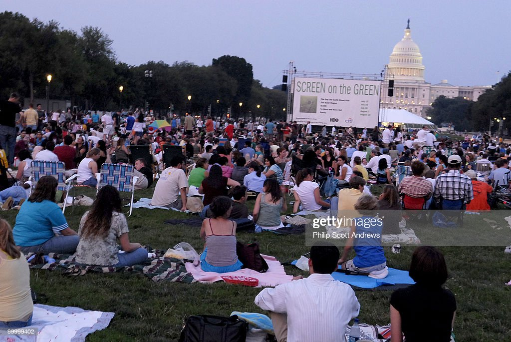 An audience gathers on the mall Sc