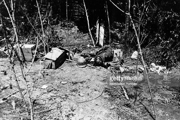 An Austrian soldier lying dead after losing his life in a battle. Musile del Piave, 1918