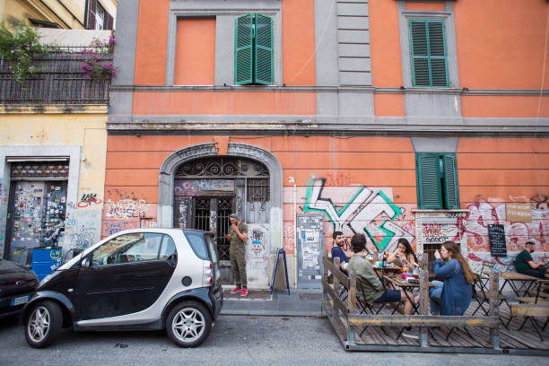 ITA: Rome's Pandemic Recovery Sparks a Fight Between Cafes and Cars