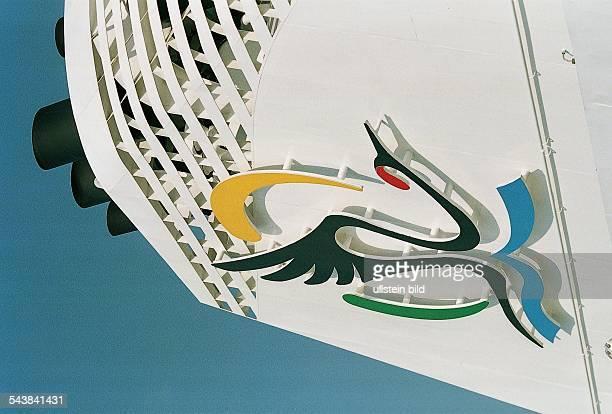 An dem Schornstein des ClubKreuzfahrtschiffes Aida befindet sich das Logo der ''Deutschen Seereederei Deutsche Seereederei Rostock GmbH...
