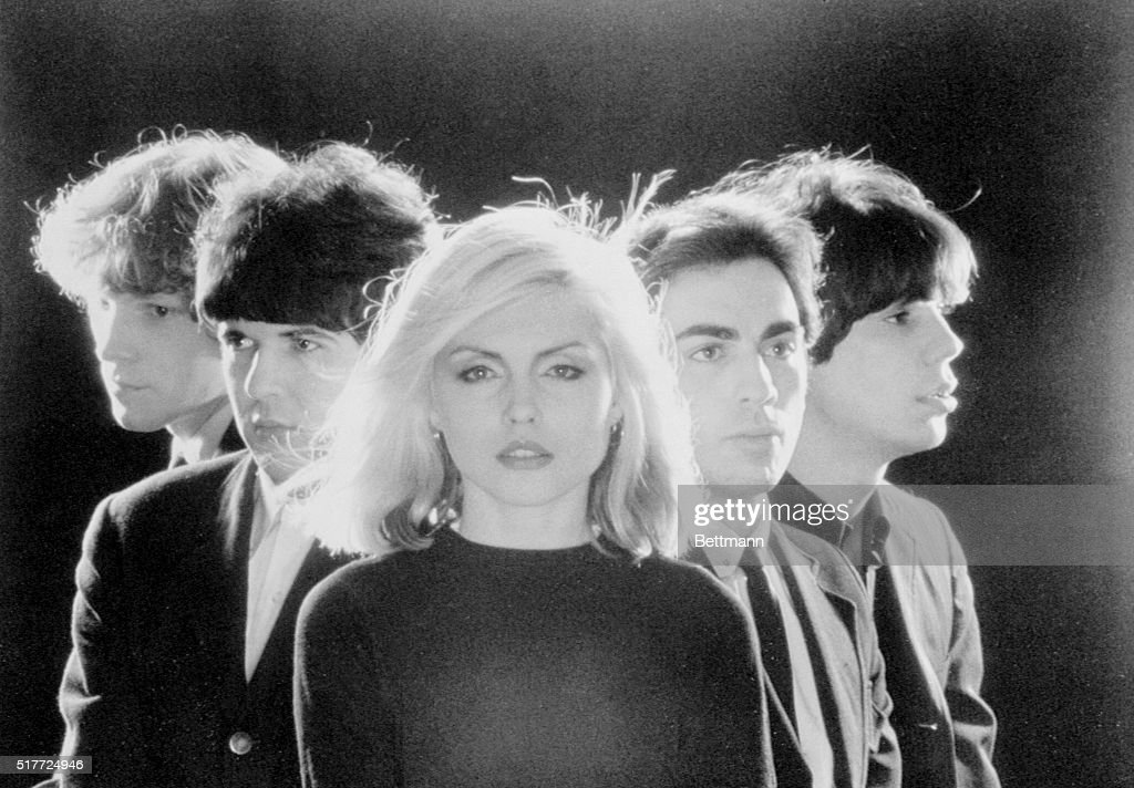 An early publicity photo of new wave band Blondie. From left are Gary Valentine, Clem Burke, Debbie Harry, Chris Stein, and Jimmy Destri.
