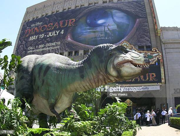 1 881 Dinosaur Premiere By Disney Photos And Premium High Res Pictures Getty Images
