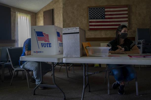KS: Voters Cast Ballots In Kansas Primary