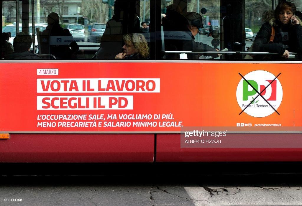 ITALY-POLITICS-ELECTIONS : News Photo