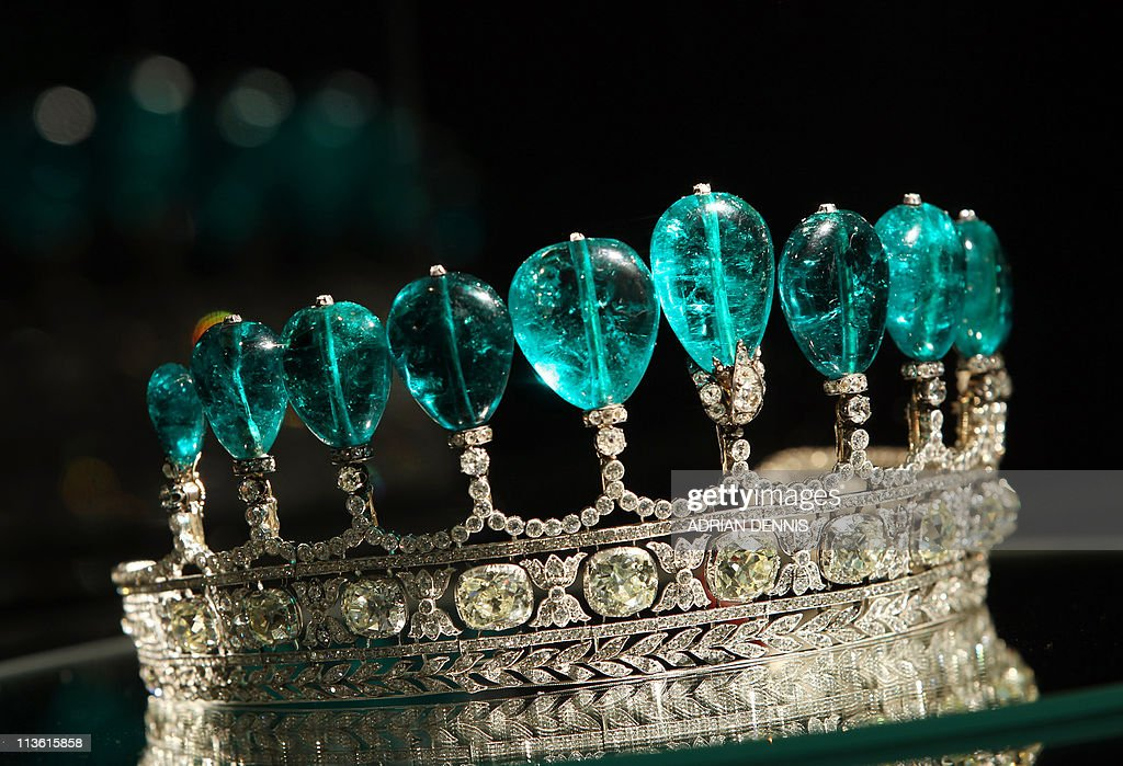 An emerald and diamond tiara is pictured : News Photo