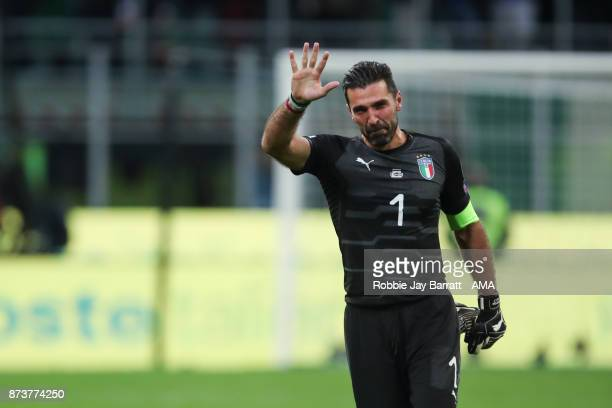 An emotional Gianluigi Buffon of Italy at full time waves to the fans during the FIFA 2018 World Cup Qualifier PlayOff Second Leg between Italy and...