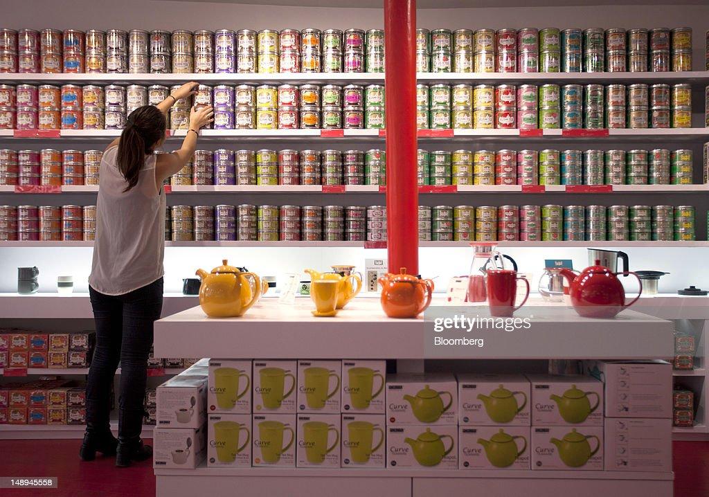 Kusmi Tea Hits America : News Photo
