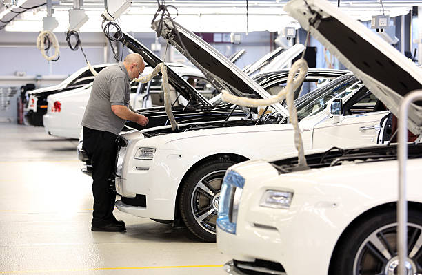 Luxury automobile manufacture at rolls royce motor cars for Luxury motors of bay area
