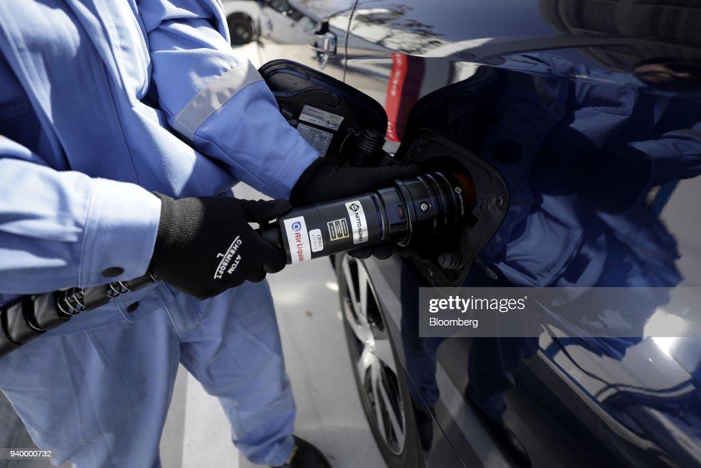 Air Liquide Japan Ltd. Opens Hydrogen Fuel Station : News Photo