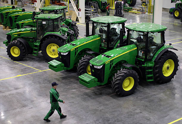 John Deere Assembly Line : Production at a deere co john tractor plant