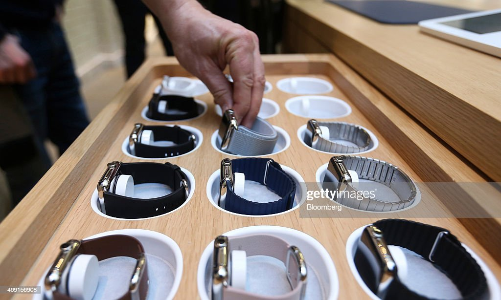 Apple Watch Goes On Display At Apple Inc. Stores Ahead Of Sales Launch : News Photo